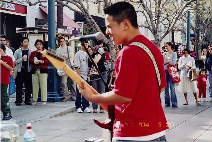 Street Performer at The Third Street Promenade